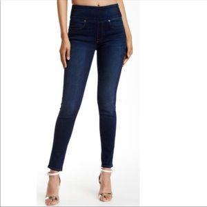 SPANX Signature Waist Skinny Jeans